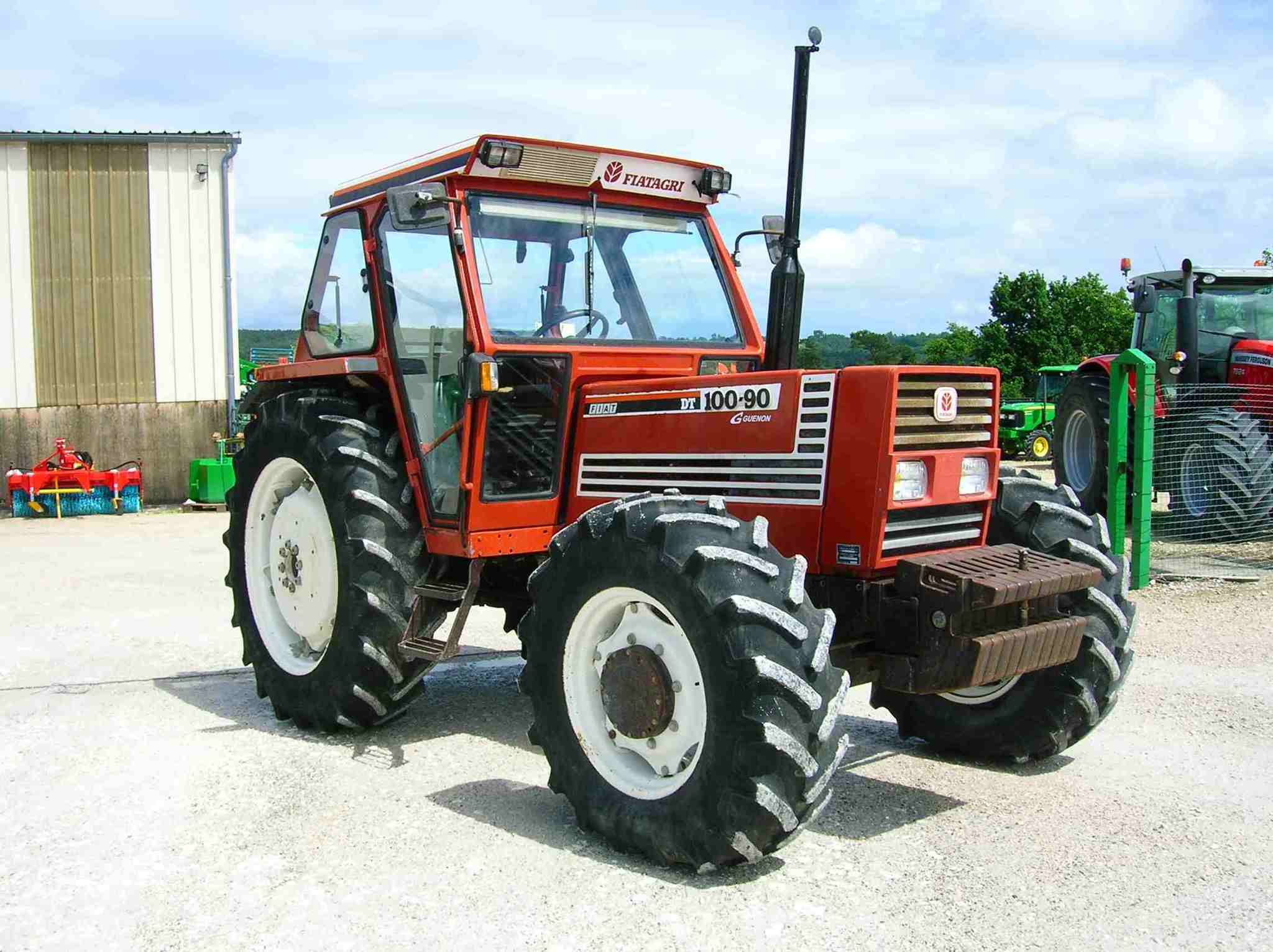tracteur agricole fiat 100 90 vendre sur guenon. Black Bedroom Furniture Sets. Home Design Ideas