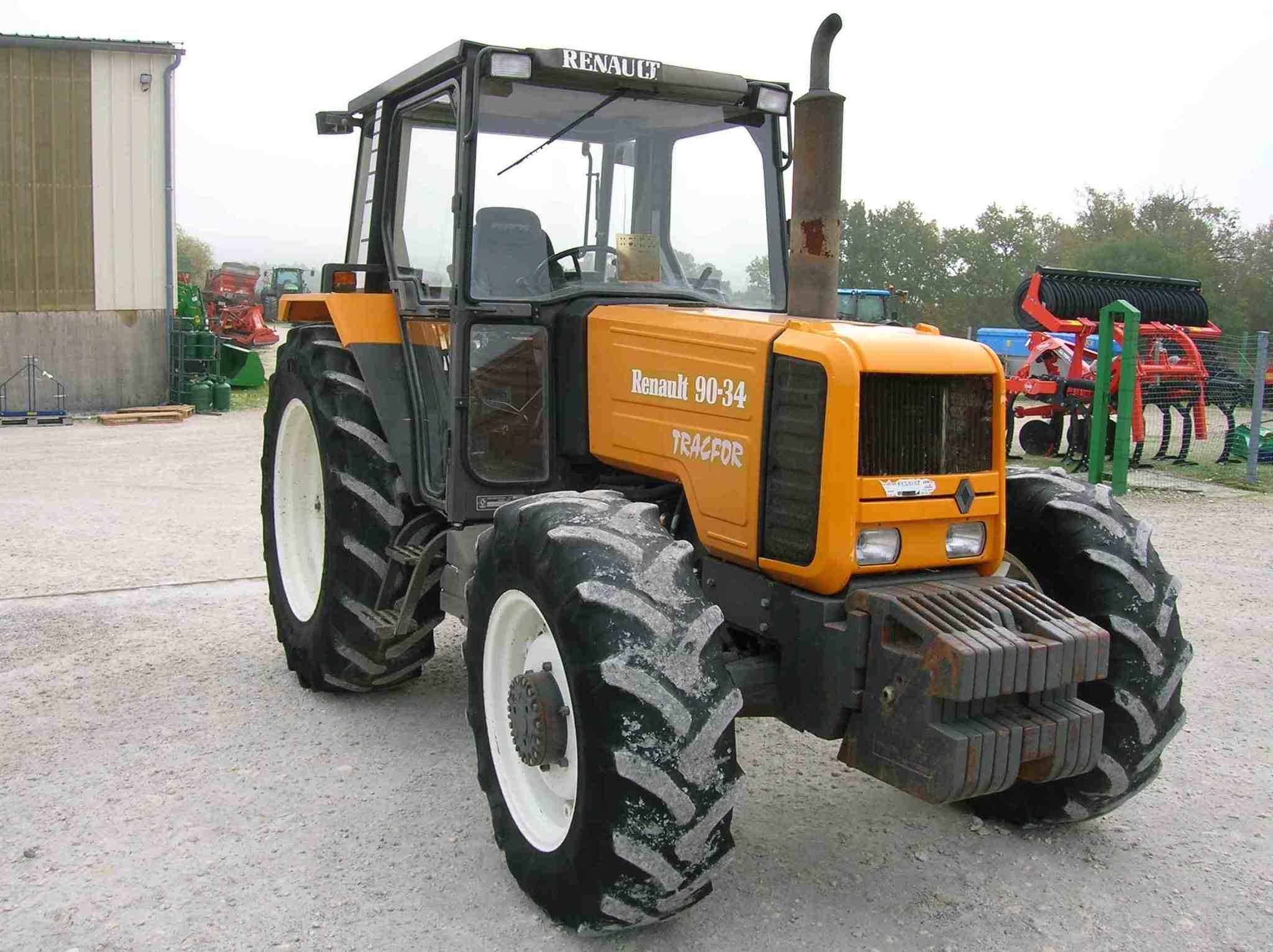 tracteur agricole renault 90 34 vendre sur guenon. Black Bedroom Furniture Sets. Home Design Ideas
