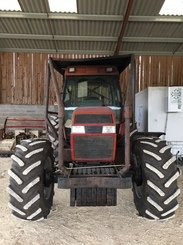Tracteur agricole Case IH 5140 - 1