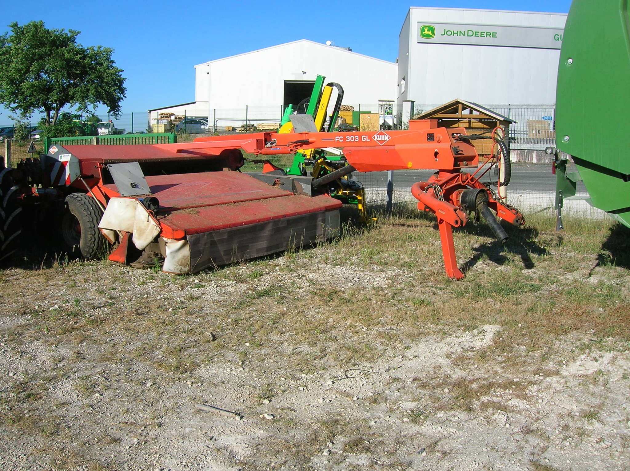 Faucheuse conditionneuse Kuhn FAUCHEUSE FC 303 GL - 1